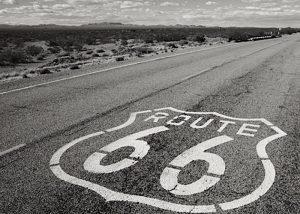 時代を走り続けるアメリカのハイウェイ「ルート66」郷愁の思いと歴史を旅する